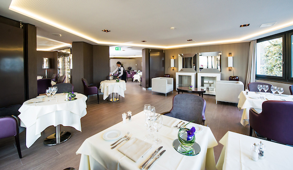 BAR RETAURANT GENOLIER  janvier 2014 (PHOTO-GENIC.CH/ OLIVIER MAIRE)restaurant repas CDG